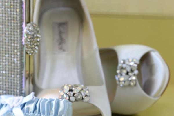 Photo Courtesy of Visual Image Photography.  Milwaukee Area Weddings